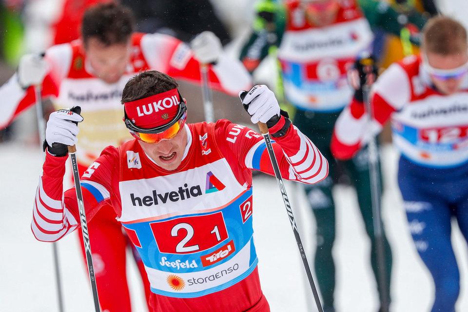 Российский лыжник Ларьков покидает этап Кубка мира в Норвегии для проверки на коронавирус
