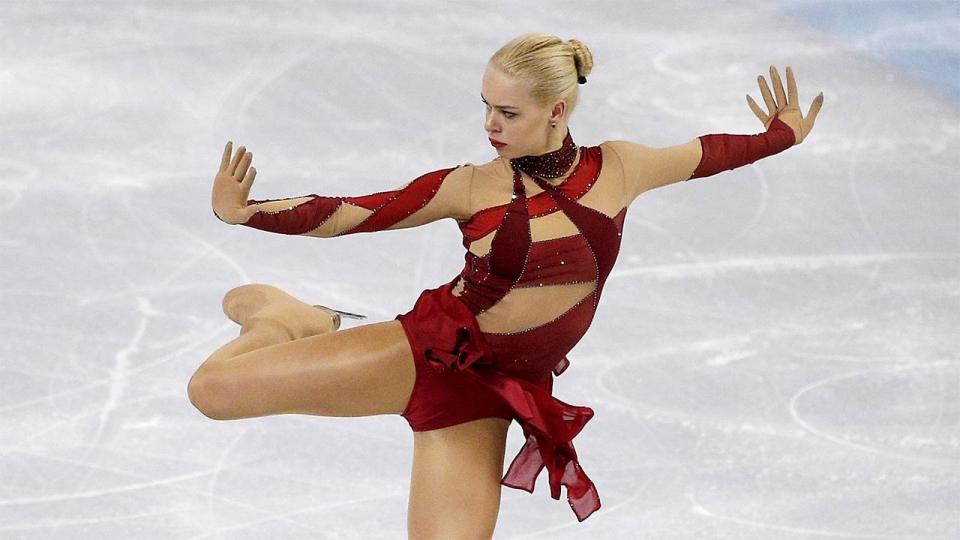 Погорилая опережает Радионову и Липницкую после короткой программы Гран-при