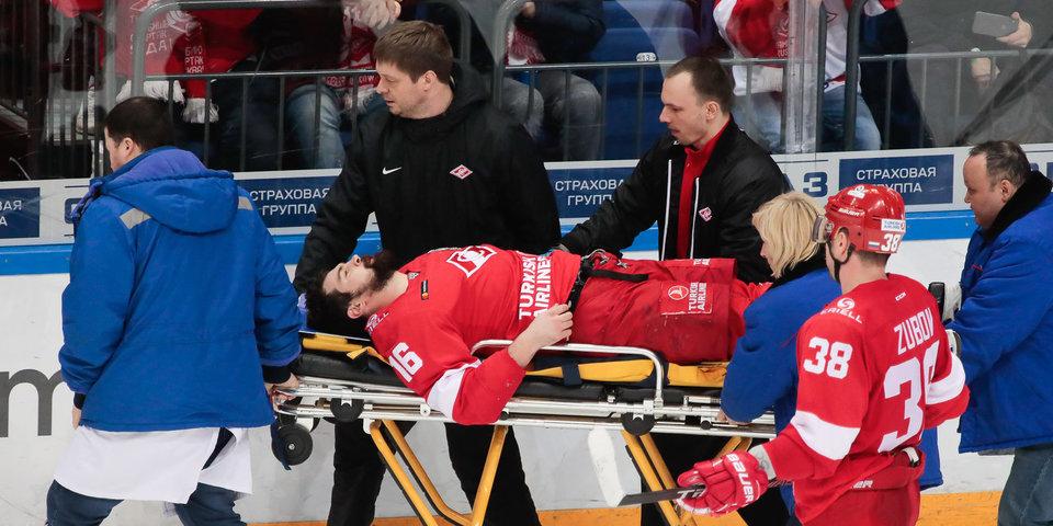 Первая драка плей-офф, страшная травма Даугавиньша, три гола защитников в Нижнем Новгороде. Топ-5 дня Кубка Гагарина