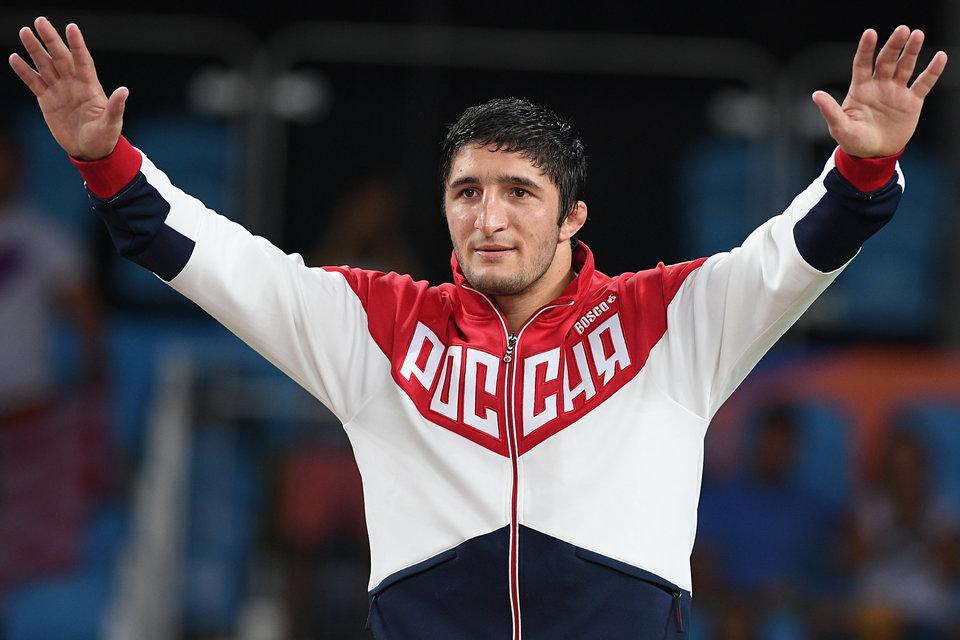 Олимпийский чемпион призвал закрыть все ночные клубы в Дагестане