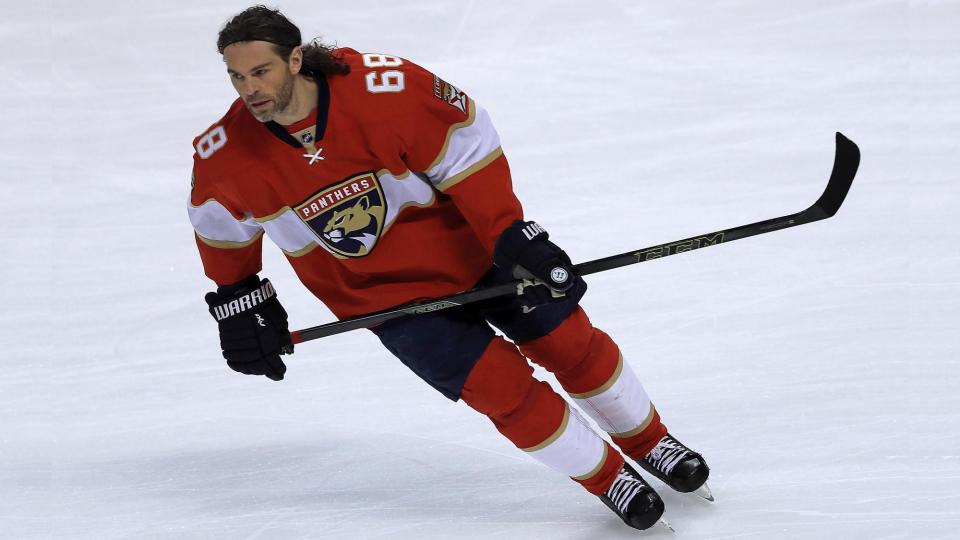 Ягр — первая звезда дня в НХЛ