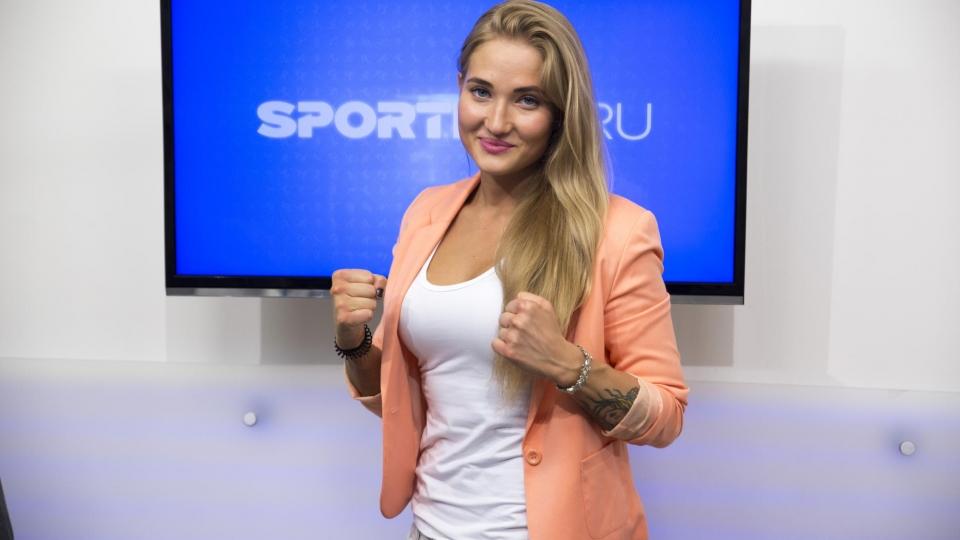Анастасия Янькова: «В московской школе за отказ пожать руку можно было огрести»