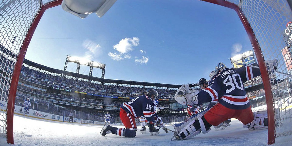 31 сейв Лундквиста помог «Рейнджерс» победить в морозной «Зимней классике»