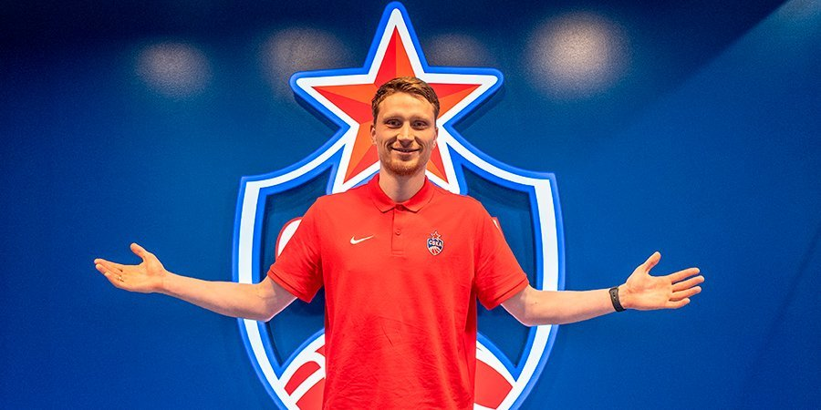 Защитник ЦСКА Григонис может пропустить матч с «Нижним Новгородом»