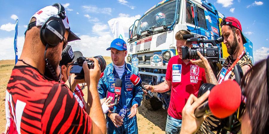 Шибалов стал победителем 9-го этапа ралли «Шелковый путь-2019» и укрепил лидерство в общем зачете