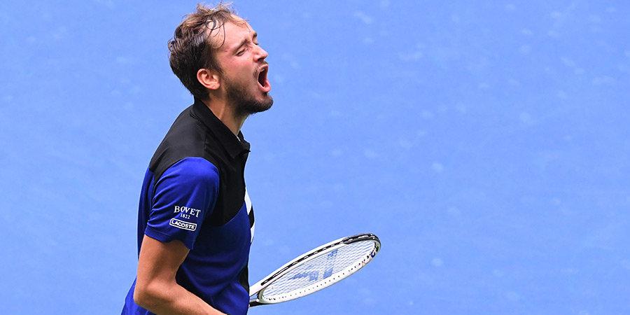 Медведев вошел в топ-10 теннисистов с наибольшим заработком за год