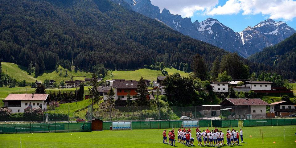 Почему сборная России готовится к ЧМ-2018 в Австрии?