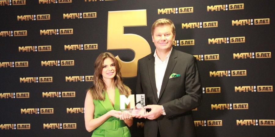 Губерниев получил вторую награду в рамках премии «Матч! 5 лет», победив в номинации «Самый популярный комментатор»