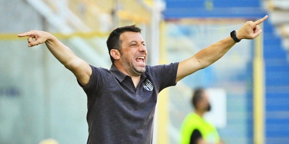 Д'Аверса вернулся на пост главного тренера «Пармы»