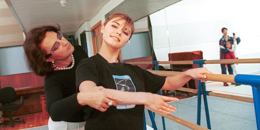 Винер говорила, что ее улыбка солнцеподобна. 10 редких фотографий Алины Кабаевой