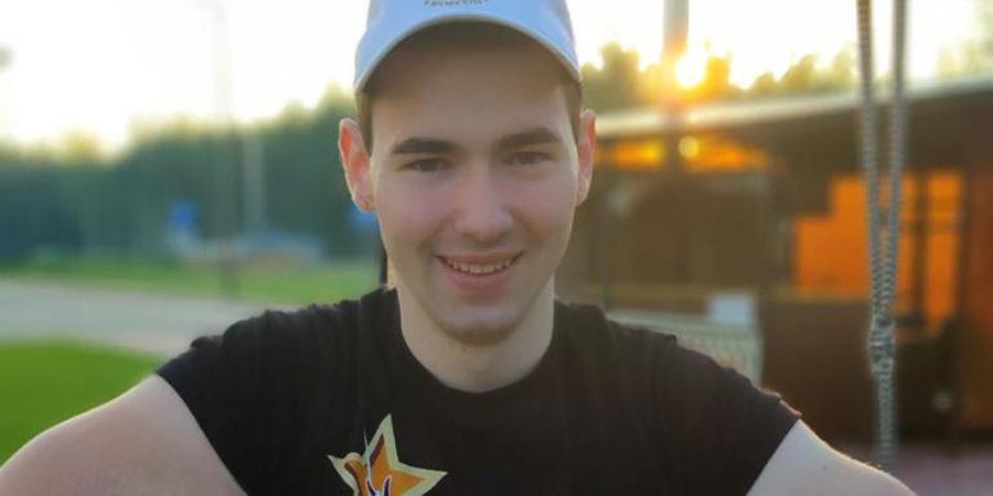 Кирилл «Руки-базуки» досрочно проиграл в дебютном бою в ММА