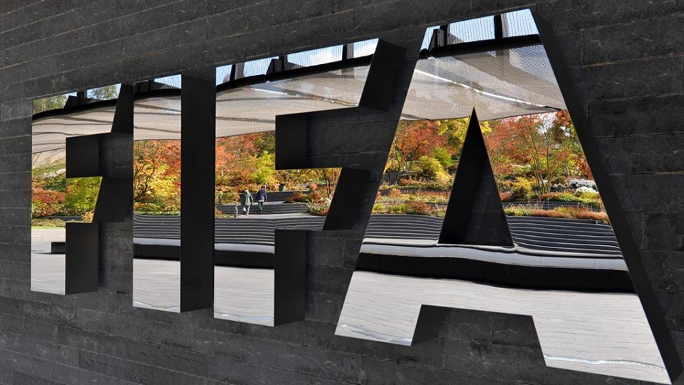 Хакеры взломали компьютеры ФИФА