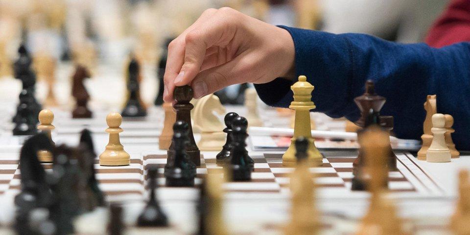 ФИДЕ: «Шах и мат, коронавирус!»