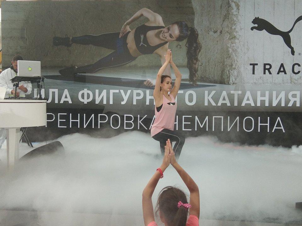 Загитова провела тренировку на Андреевском мосту