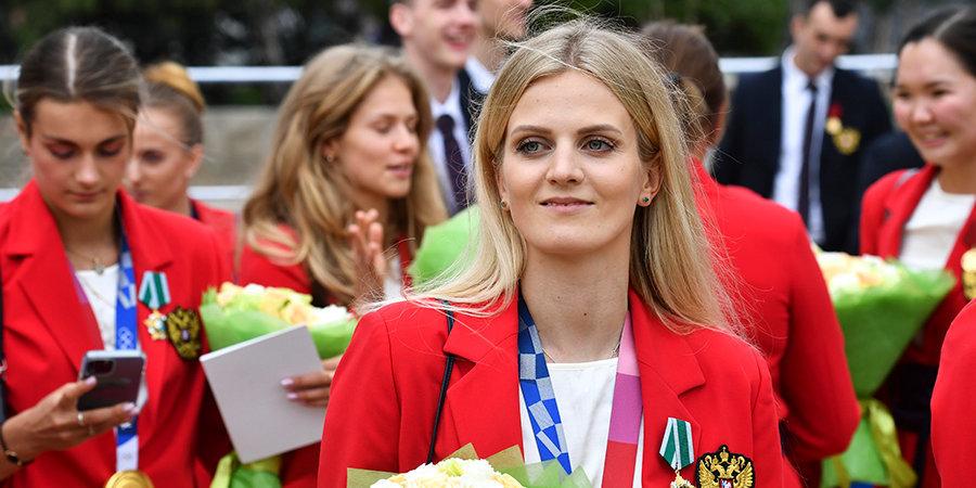 Чемпионка ОИ Голядкина, ранее выступавшая за Украину, показала фото из Крыма с флагом России