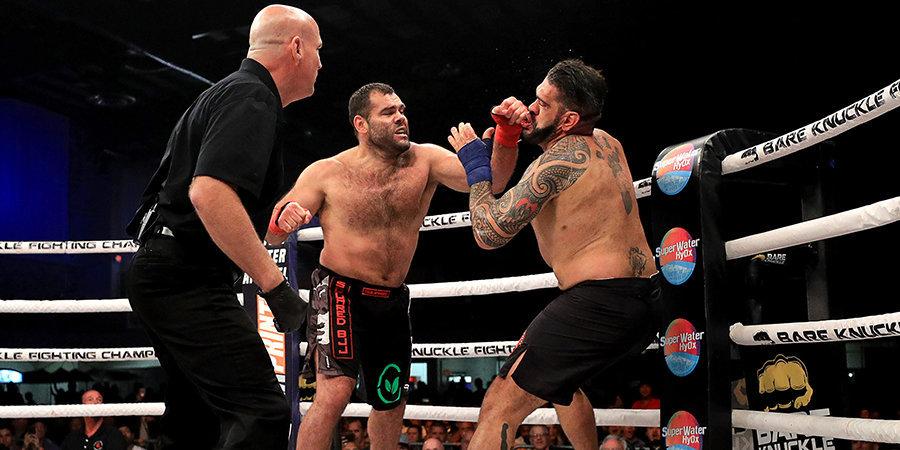 Бывшие бойцы UFC подрались без перчаток. Кончилось тяжелым нокаутом