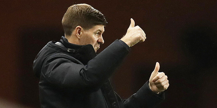 «Рейнджерс» в большинстве упустил победу над «Бенфикой», ПАОК разгромил ПСВ