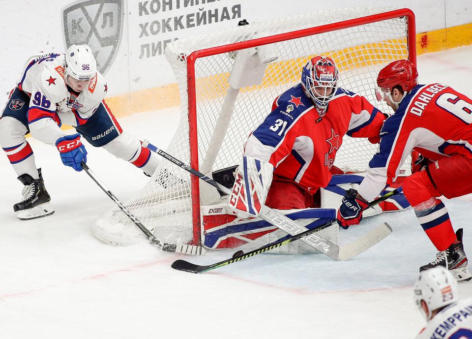 Тренер вратарей ЦСКА: «У нас два голкипера, но перед стартом сезона они все равны»