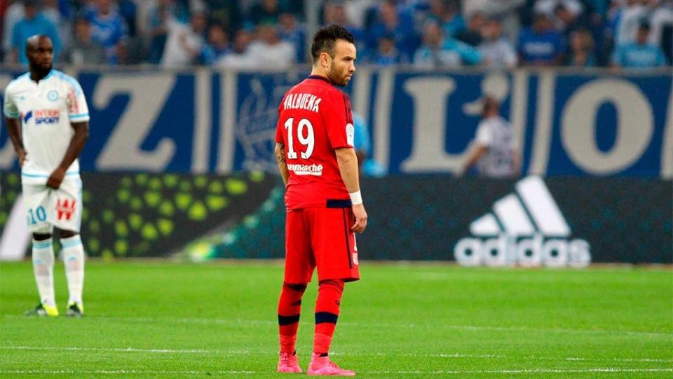 «Лион» обыграл «Марсель», Вальбуэна забил бывшей команде