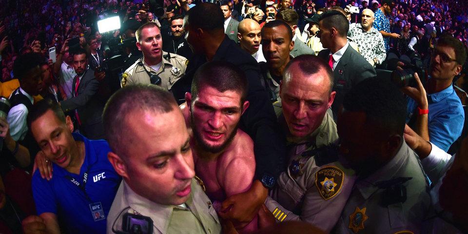Популярный комментатор UFC — об инциденте после боя Конора и Хабиба: «Это самый безумный момент за то время, что я работаю»
