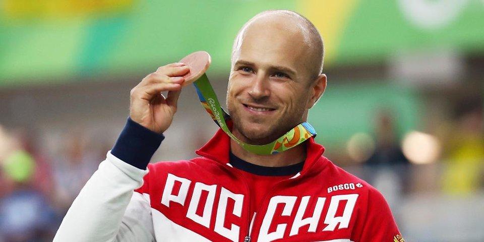 «Когда поздравляли с медалью, говорили, что я — первый после роботов». История бронзового призера Рио-2016 Дениса Дмитриева
