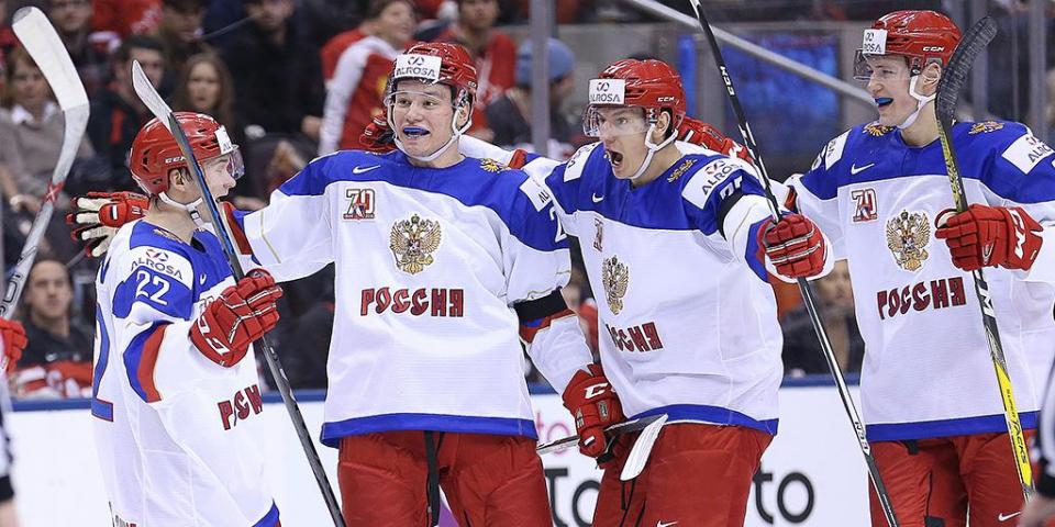 Сборная России забрасывает девять шайб в ворота Латвии