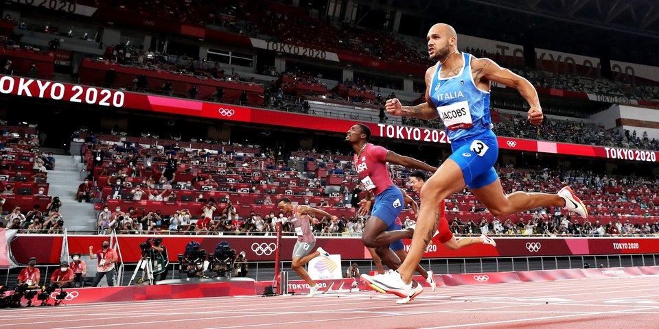 Итальянец Якобс завоевал золото Олимпиады в Токио в беге на 100 метров