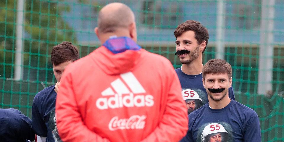 Голодец встретилась со сборной России перед матчами с Турцией и Чехией