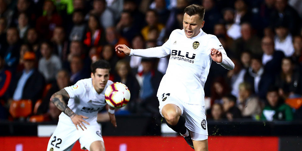Черышев не попал в стартовый состав «Валенсии» на матч с «Вильярреалом»