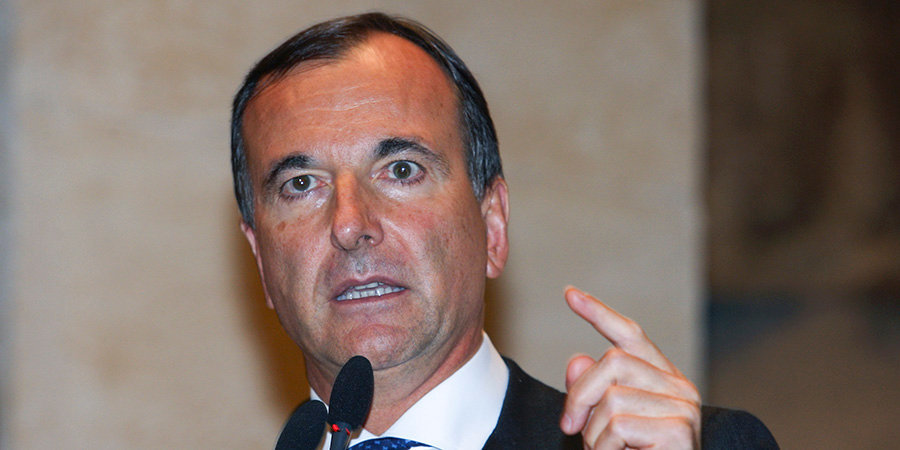 Бывшего министра иностранных дел Италии обвиняют в расизме. Все дело в дисквалификации китайского пловца
