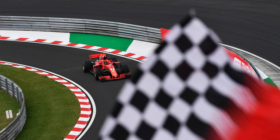«Формула-1» будет по кусочкам продавать клетчатый флаг после каждой гонки сезона