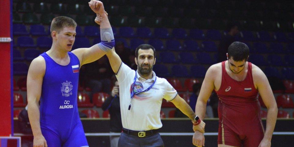Русский чемпион Дагестана по вольной борьбе. Да, такое бывает