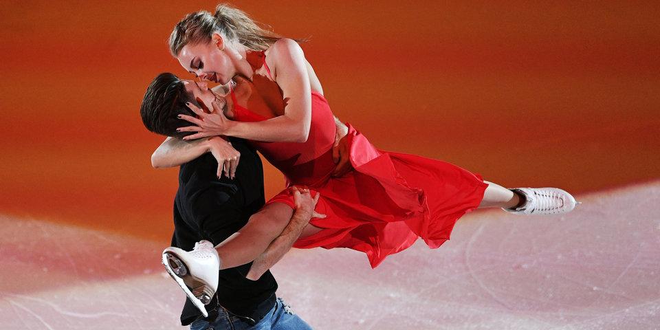 Степанова и Букин выступили под живое исполнение Джеймса Бланта