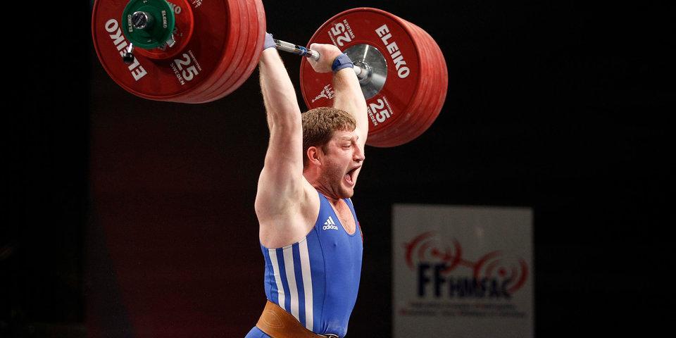 Российский тяжелоатлет Аккаев дисквалифицирован до 2035 года