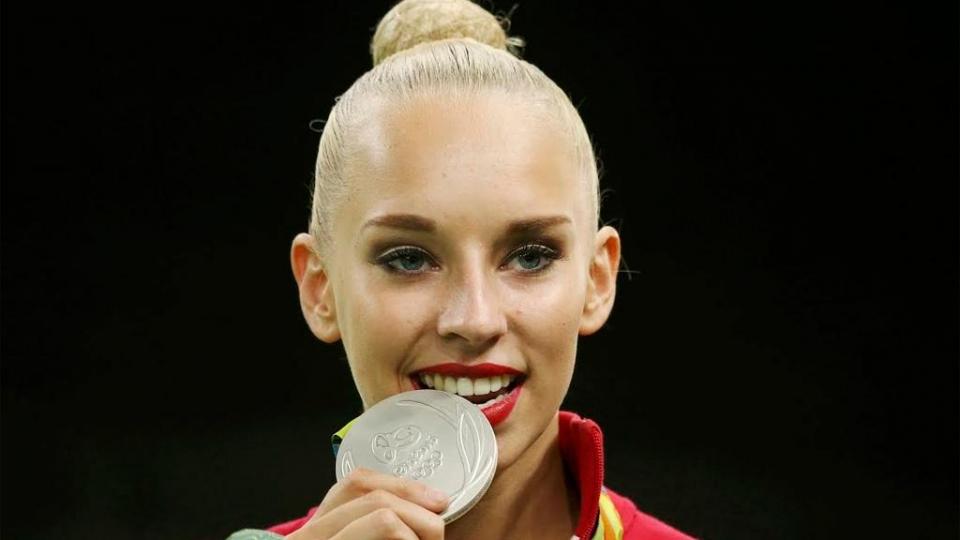 Гимнастка Яна Кудрявцева ждет ребенка