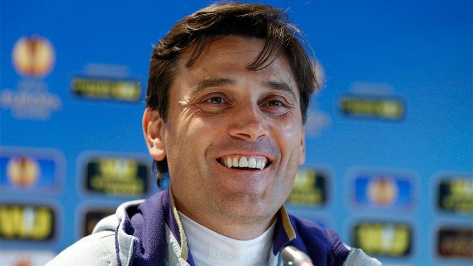 Монтелла остается главным тренером «Милана» до 2019 года