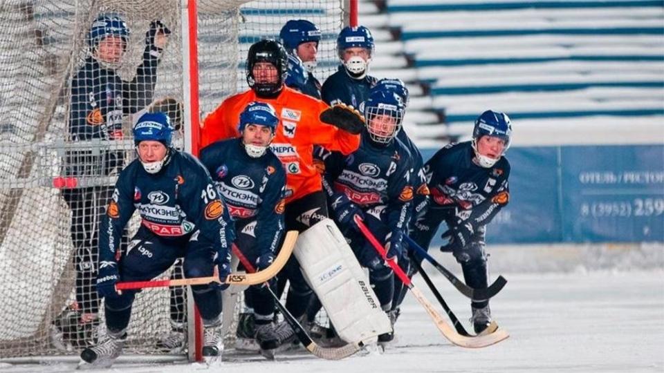 «Водник» и «Байкал-Энергия» забили 20 мячей в свои ворота