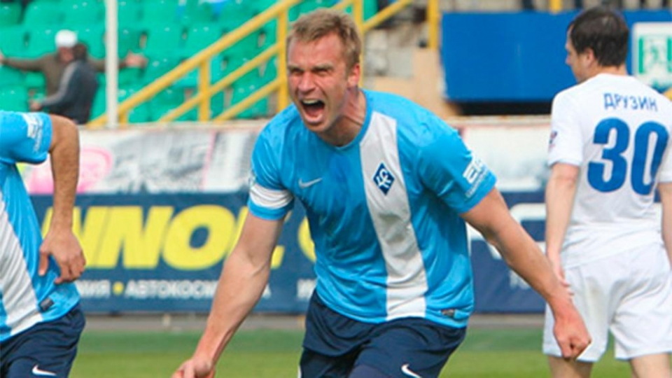 Корниленко – лучший футболист ФНЛ в сентябре