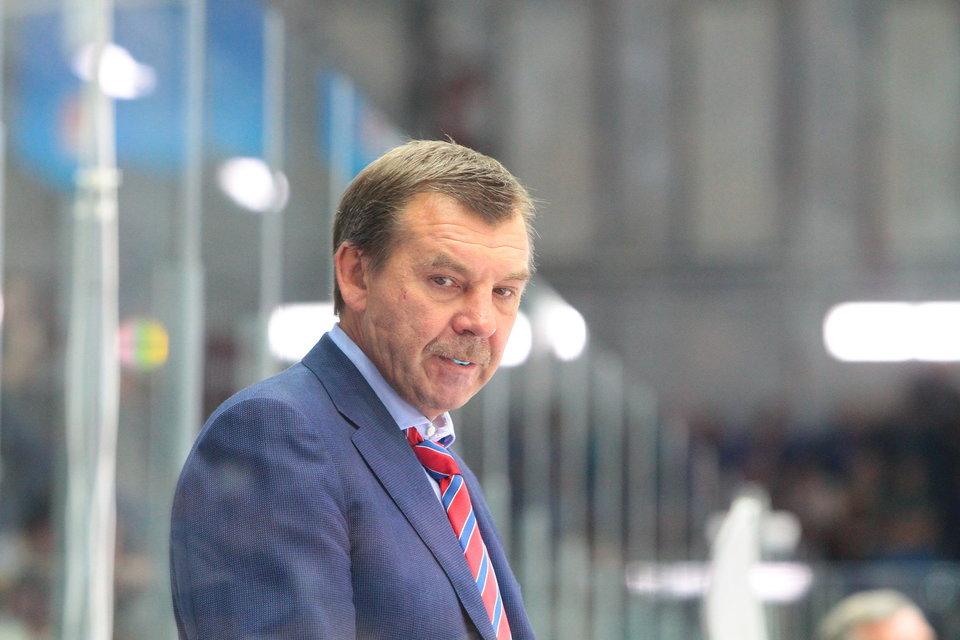 СМИ: Знарок провел первый раунд переговоров с «Динамо»