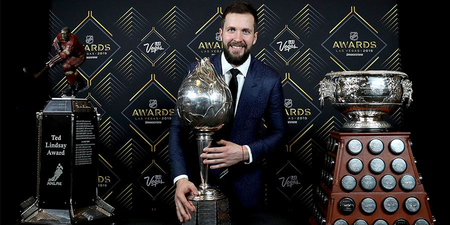 Русский вечер в Лас-Вегасе. Кучеров и Василевский выиграли призы во всех своих номинациях