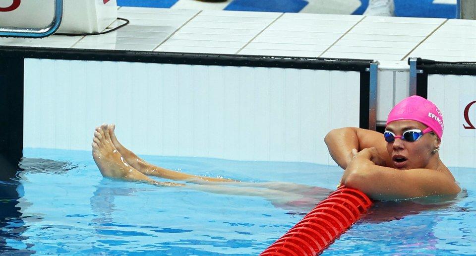 Ефимова и Чикунова остались без медалей в заплыве на 100 метров брассом на ОИ