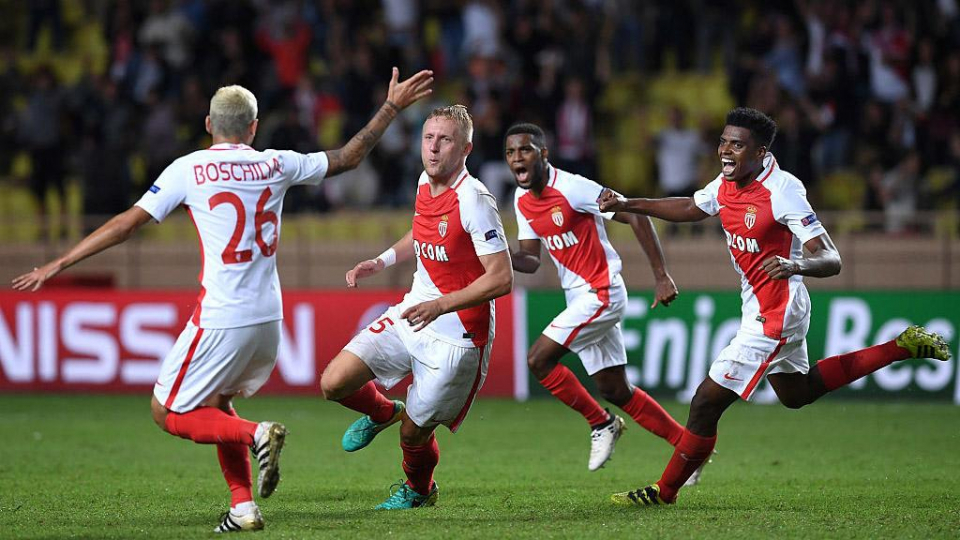 «Монако» разгромил «Ниццу» и единолично возглавил лигу 1