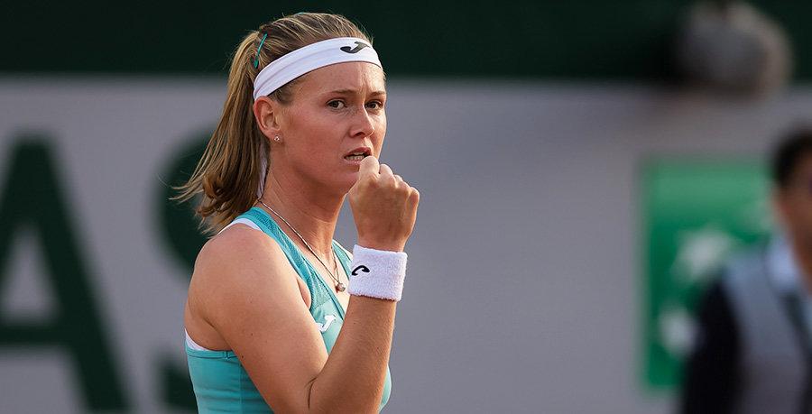 Бужкова одержала волевую победу над Андрееску и вышла в финал Phillip Island Trophy, где сыграет с Касаткиной