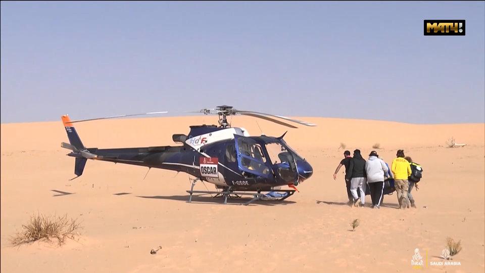 Минута молчания, медицинский вертолет, трехъярусные кровати и стабильность КАМАЗов. Обзор 8-го этапа «Дакара»