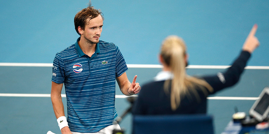 Парни бились на корте, Сафин успокаивал, но сербы взяли реванш. Россия остановилась в шаге от финала ATP Cup