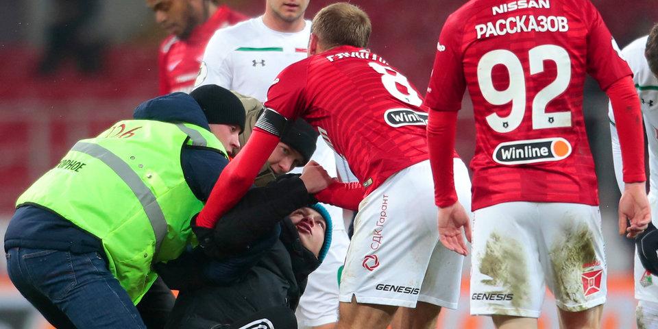 Дмитрий Кузнецов: «Вся команда публично поддерживает Глушакова, а болельщики что-то говорят о плохом коллективе»