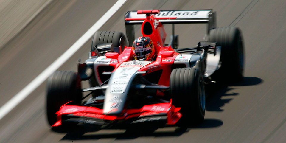 Бывший пилот «Формулы-1» госпитализирован после аварии в Барселоне
