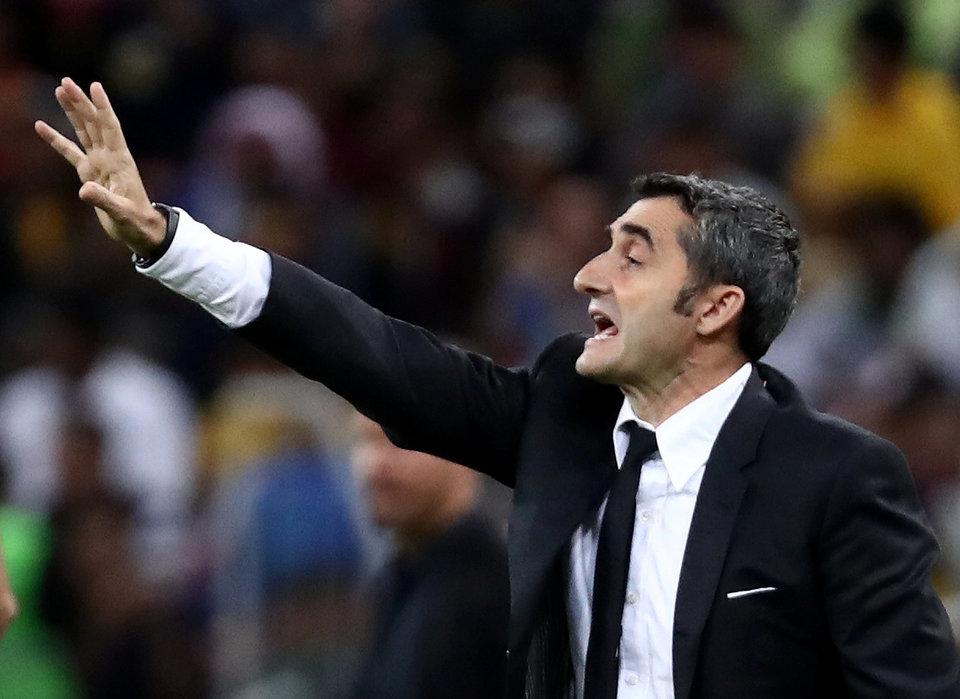 У «Барсы» новый тренер — без титулов и опыта в топ-клубах. С Вальверде расстались не очень красиво — это не понравилось Иньесте