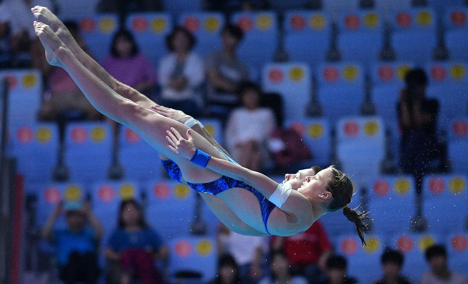 Беляева и Минибаев завоевали золото чемпионата Европы по прыжкам в воду