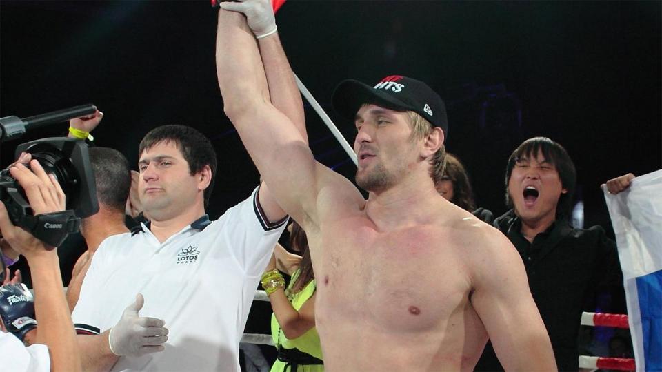 Минаков встретится с Бигфутом Силвой на турнире Fight Nights